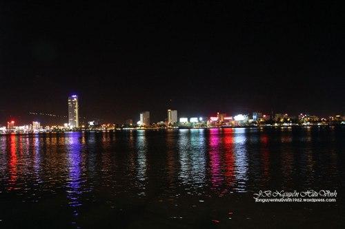 Bên Sông Hàn Đà Nẵng vê đêm. AnhrL JB Nguyễn Hữu Vinh